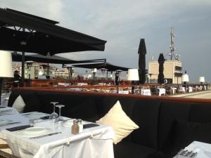 Suadiye 39 den adalara nefis manzara cafe de paris teras for Dekor hotel istanbul