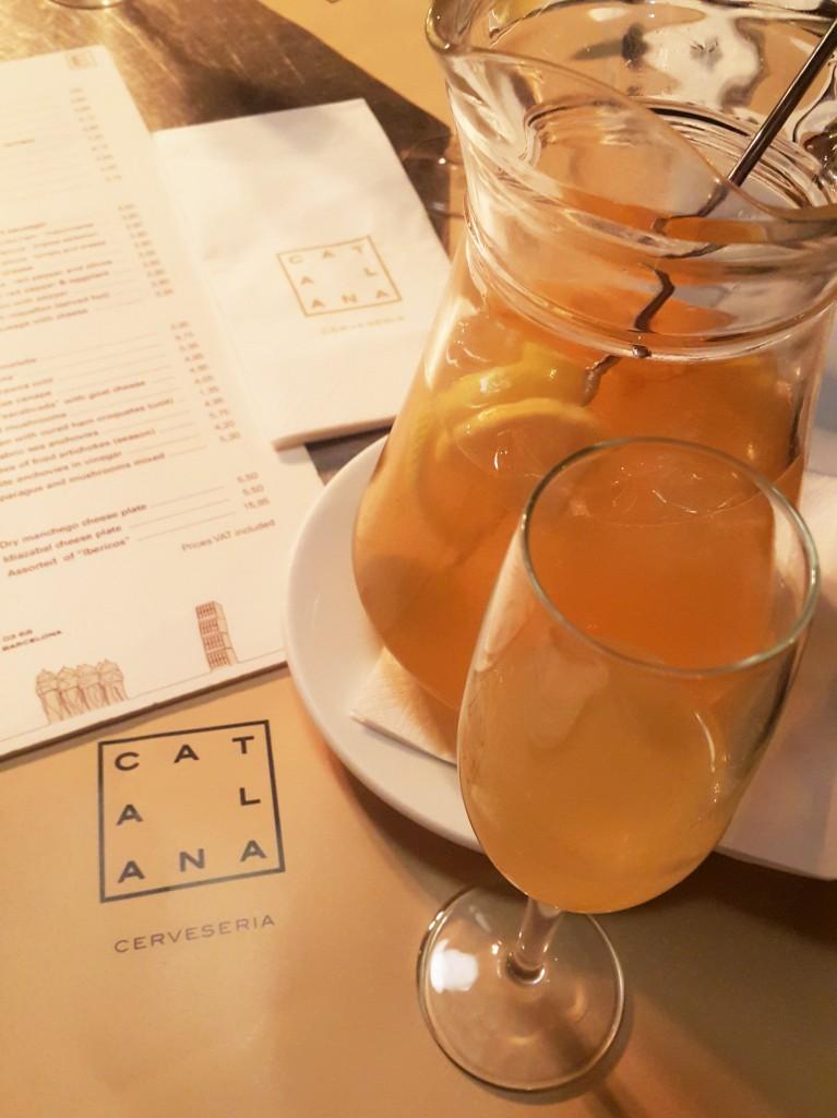 Barselona lezzetleri for Cava sangria