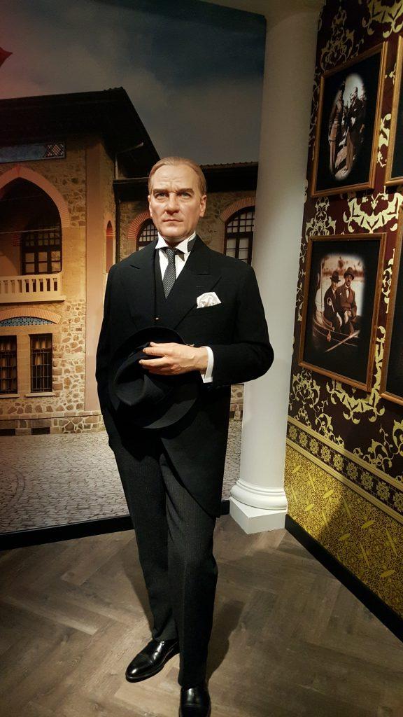 Madame Tussaud-Mustafa Kemal Atatürk Heykeli