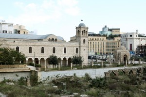 Şehir Merkezinde birçok tarihi binaya rastlamak mümkün