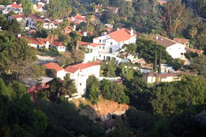 Los Angeles vadilerinde bulunan evler