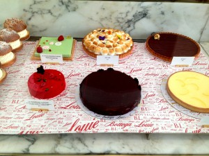 Bottega Louie
