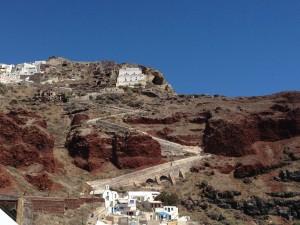 Oia ile Ammoudi Bay Aradındaki Yol