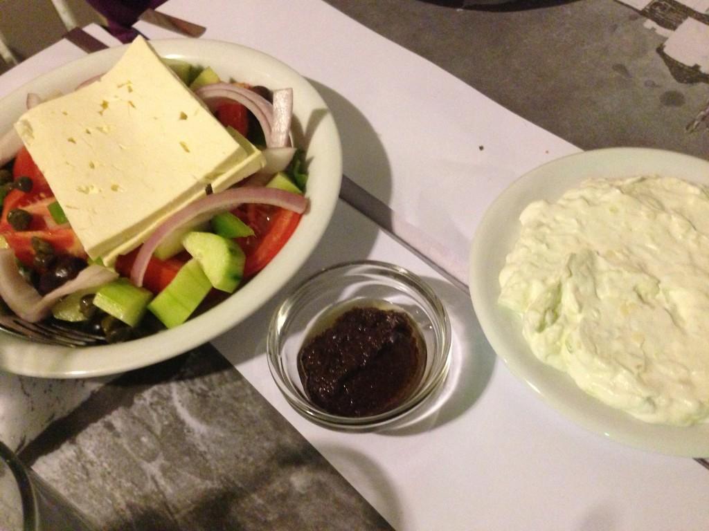 Yunan Salatası ve Cacık