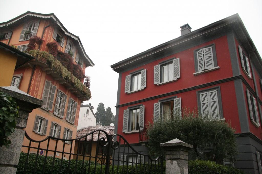 Cernobbio'nun Renkli ve Güzel Mimarisi