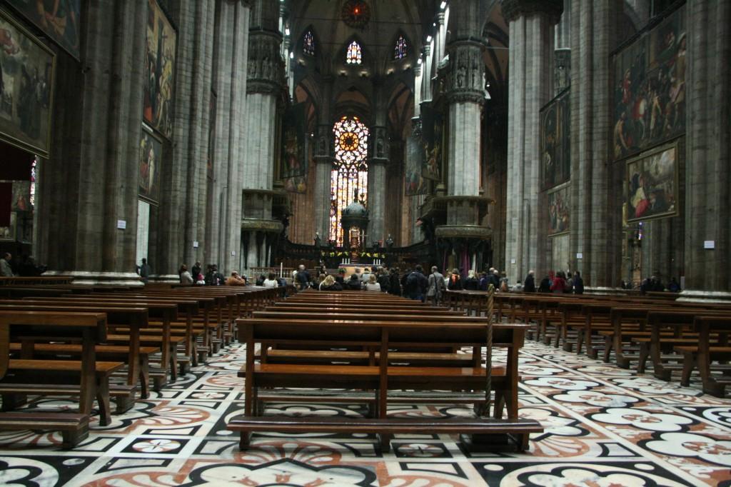 Milan Katedrali (Duomo)