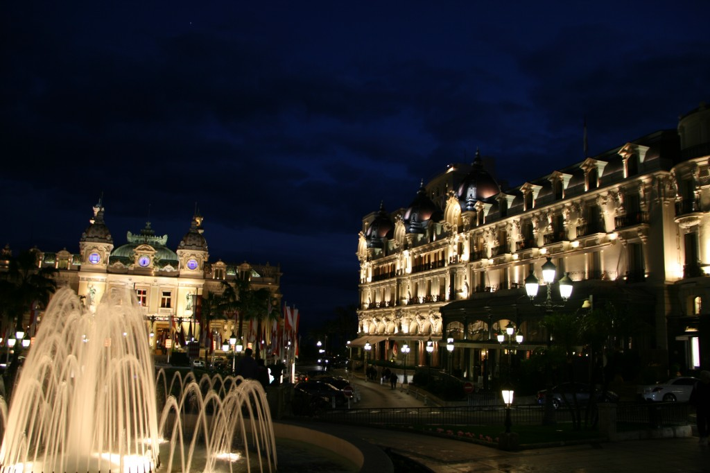Casino Monte Carlo ve Hotel Paris