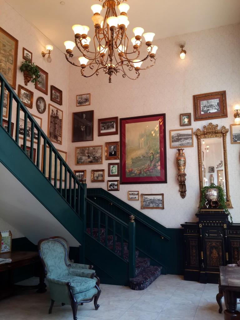 125 Yıllık Merdivenler