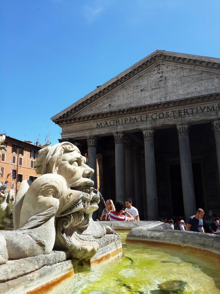 Piazza Della Rotonda'da Yer Alan Pantheon