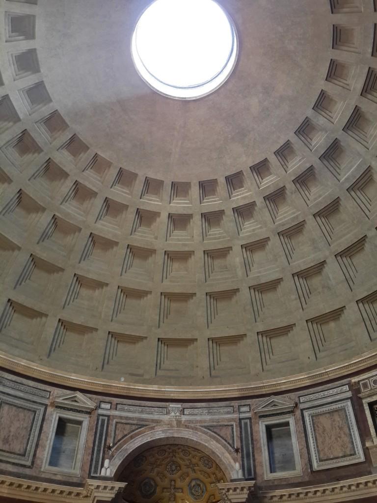 Pantheon'un Dev Kubbesi