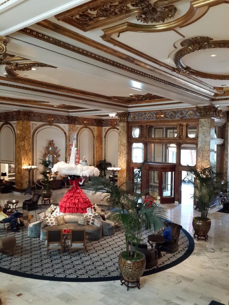 Otelin Büyük Lobisi