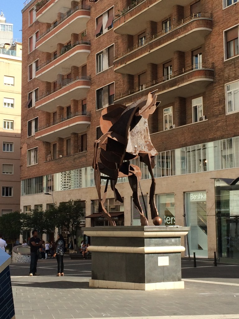 """William Kentridge'ın 2012'de yapmış olduğu """"Il Cavaliere di Toledo"""" heykeli"""