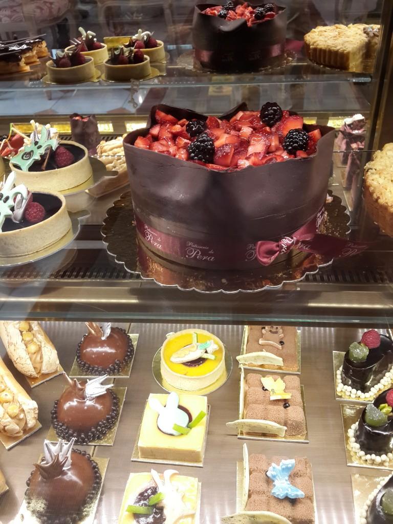 Patisserie De Pera'nın leziz tatlı ve pastaları