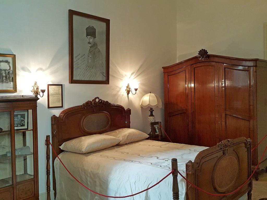 Atatürk'ün yattığı yatak...