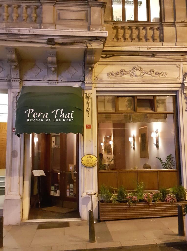 Pera Thai adındanda anlaşılacağı gibi Pera'da...