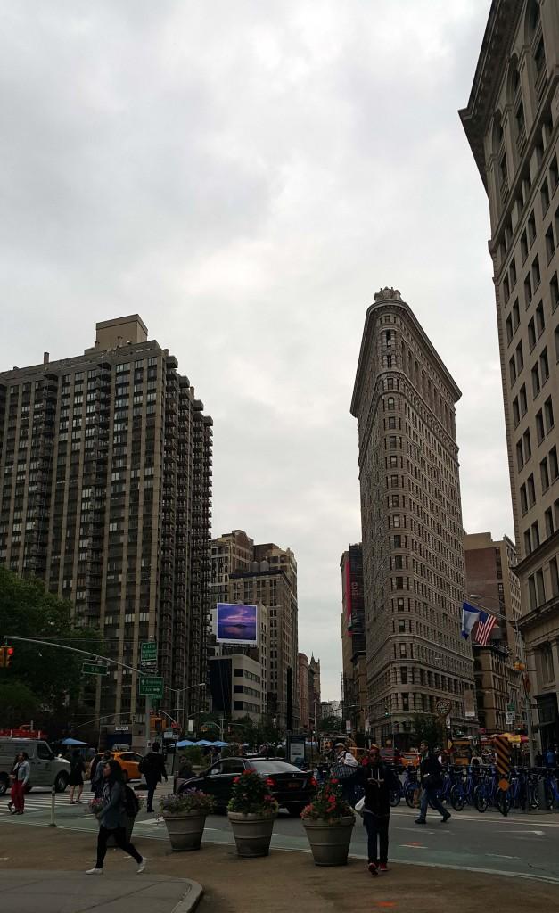Flatiron binası, New York'un simgelerinden...