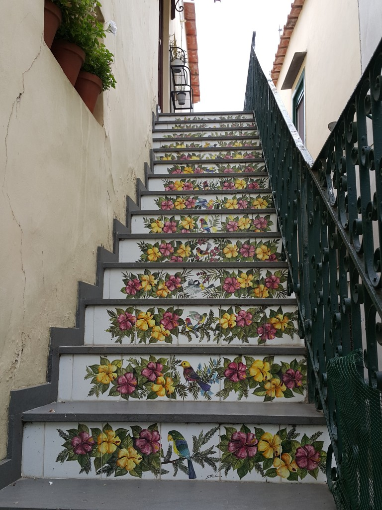 Merdivenlere bayıldım!