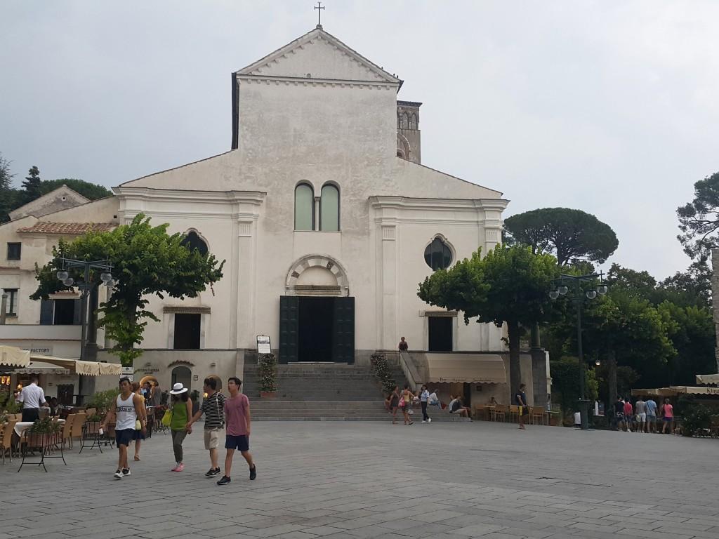 Ravello'nun meydanı ve katedrali