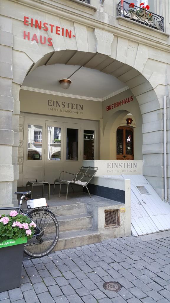 Eisntein Cafe