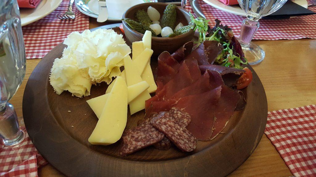 Kuru et ve peynirler